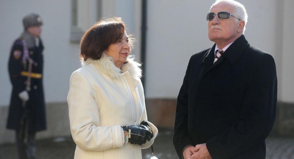 Václav Klaus s manželku, 2012
