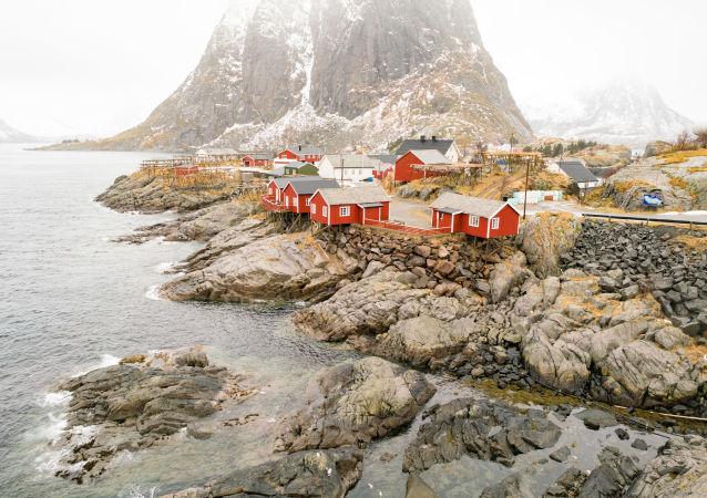 Tradiční rudé domky v Norsku