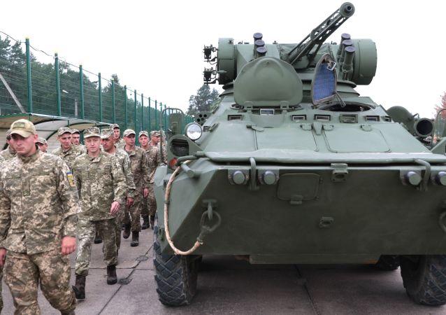 Ukrajinští vojáci ve Lvovské oblasti