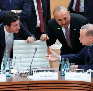 Prezident USA Donald Trump a jeho turecký protějšek Recep Tayyip Erdogan