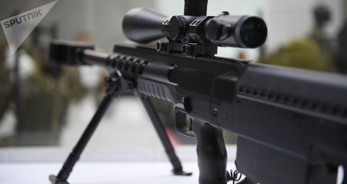 Snajperská puška na fóru Armija 2018. Ilustrační foto