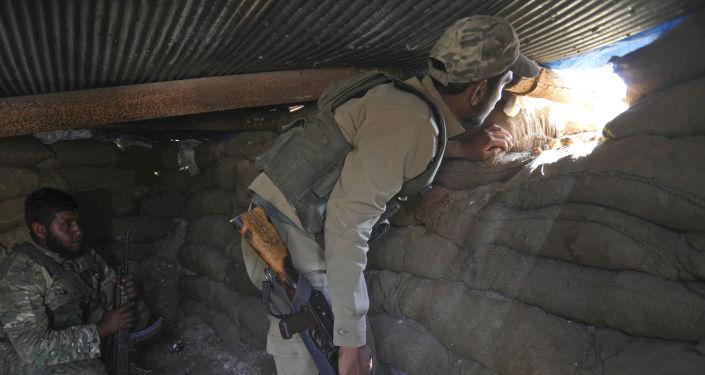 Syrští opozičníci v Idlibu. Ilustrační foto