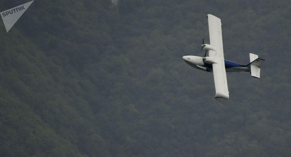obojživelné bezpilotní letadlo (amfibie)