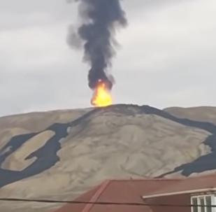 V Ázerbájdžánu se probudila druhá největší bahenní sopka světa
