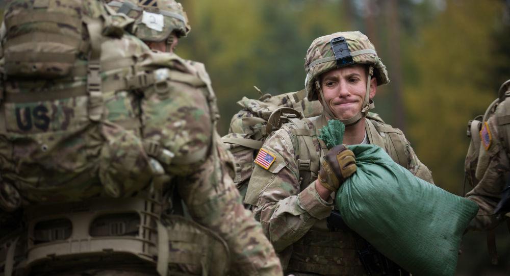 Voják NATO