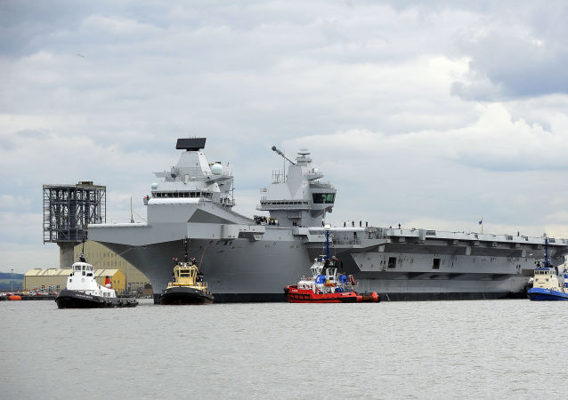 největší britská letadlová vojenská loď HMS Queen Elizabeth