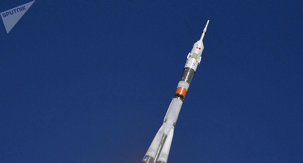 Start Sojuzu MS-10