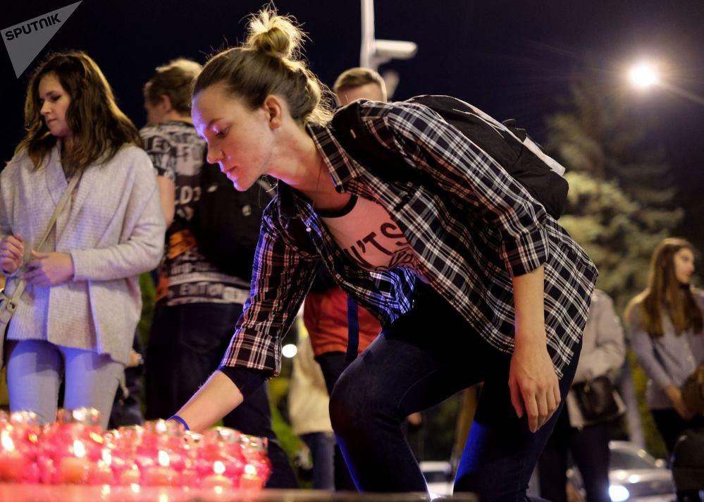 Krymská tragédie. Smuteční akce na počest obětí útoku v kerčské škole