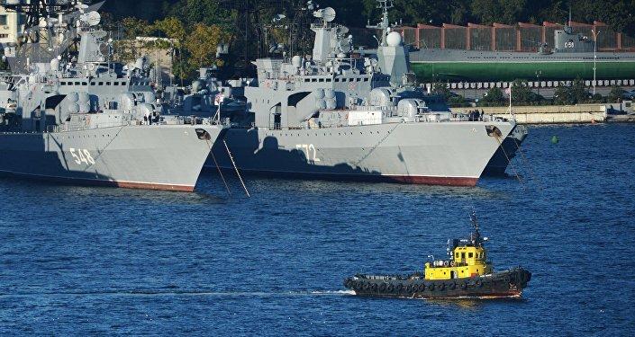 Lodě v přístavu. Ilustrační foto
