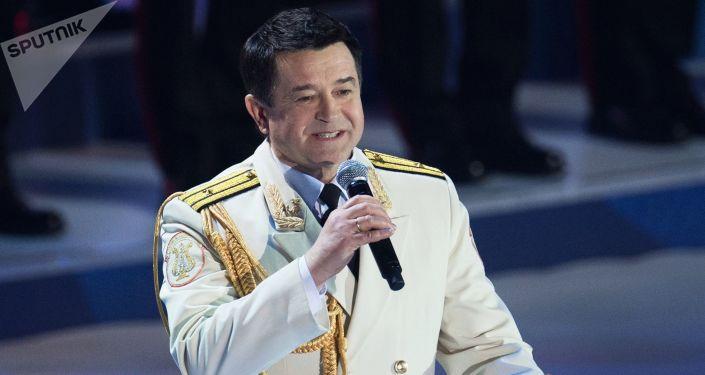 Vedoucí sólista Alexadrovců Vadim Anaňjev