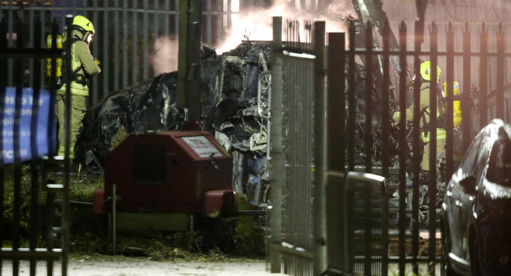 První minuty po havárii vrtulníku majitele britského fotbalového klubu Leicester