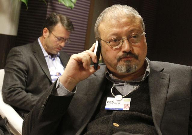 Saúdský opoziční novinář Džamál Chášukdží