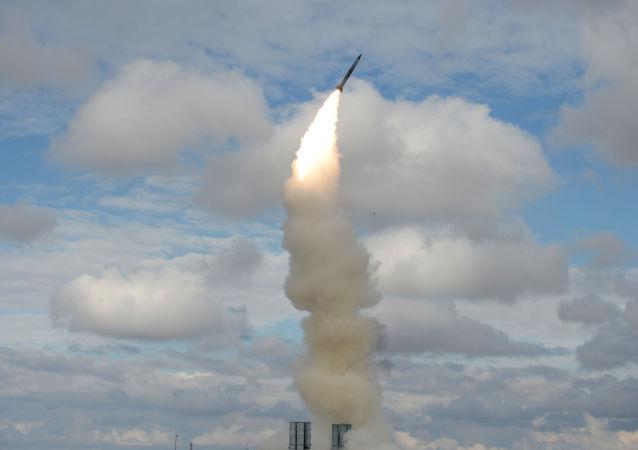 Vypuštění rakety ze systému S-300