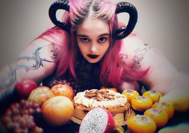 Lilith Cenobitová, která přibrala za tři roky 133 kg