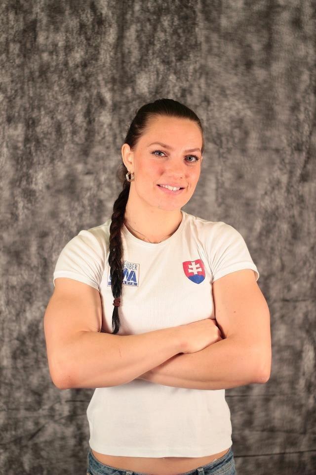 Slovenská armwrestlerka Lucia Debnárová