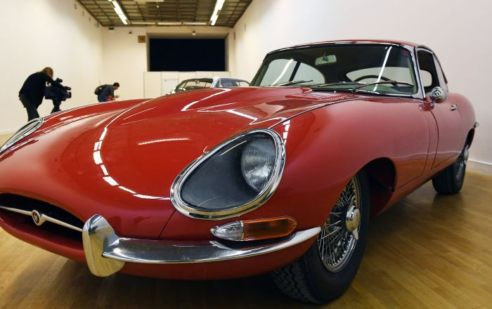 Kupé Jaguar E-type z let 1961-1968, modifikace 4.2 MT