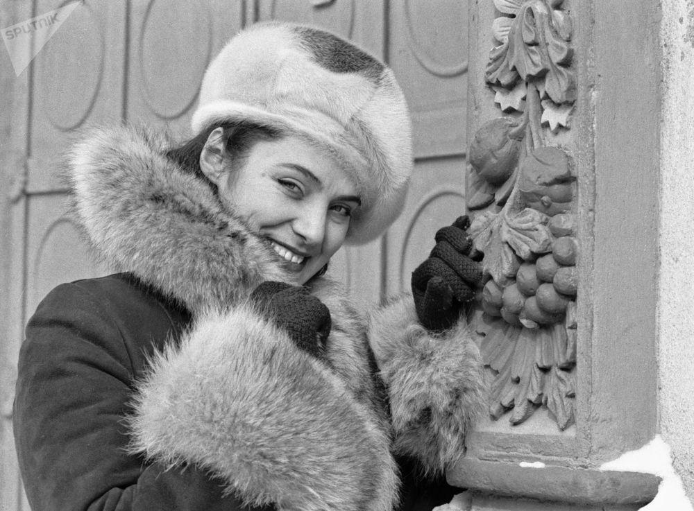 Móda na pódiu a v denním životě. Jak vypadala žena sovětské doby?