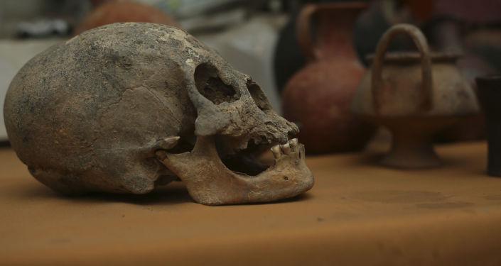 Hromadný hrob, který archeologové našli v Bolívii