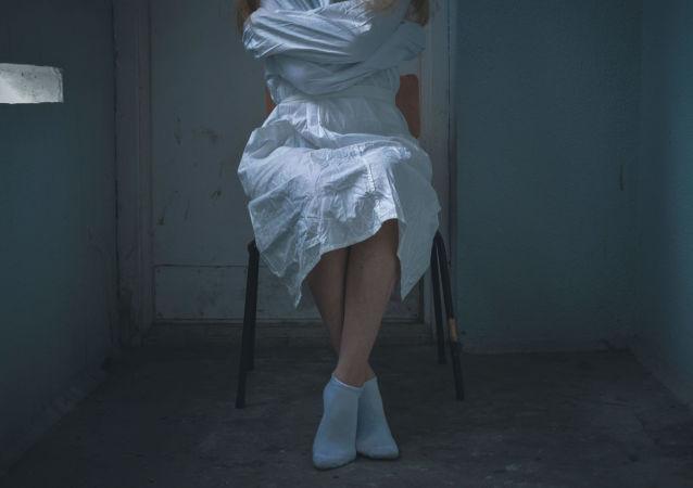 Dívka v klinice