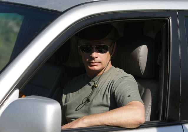 Ruský prezident Vladimir Putin na dovolené v Tyvské republice