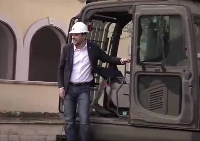 Salvini v bagru