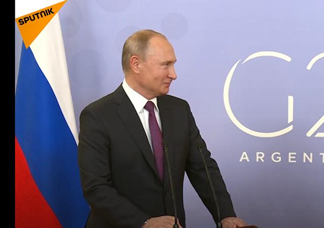 Putin  zapochyboval o možnosti svého zadržení na vojenské základně