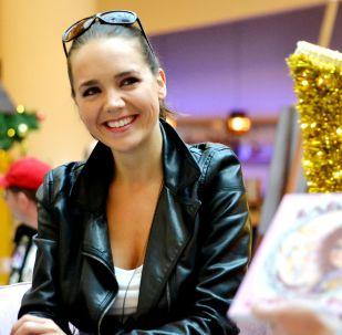 Známá česká zpěvačka Lucie Vondráčkova