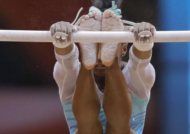 Americký gymnastka Simone Bilesová