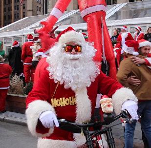 V New Yorku proběhlo vánoční setkání Santa Klausů