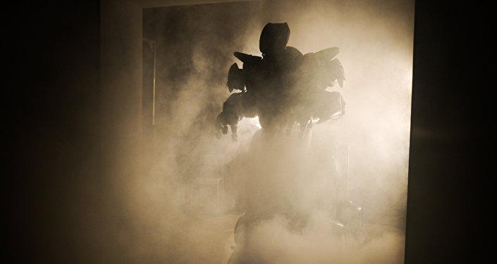 Robot Titan na výstavě robotů v Moskvě