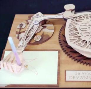 Ruka robota-rytíře Leonarda da Vinciho