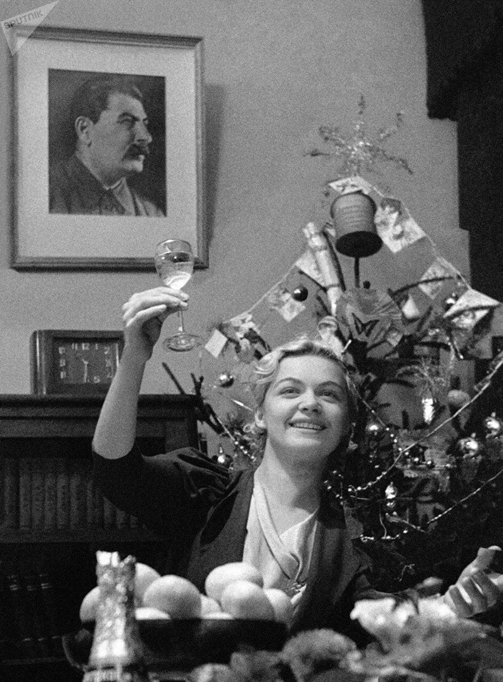 Před Novým rokem. 1939