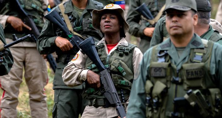 Venezuelští vojáci v Caracasu