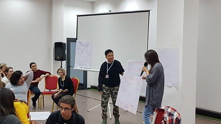 CampCamp 2018 školící profesionální revolucionáře