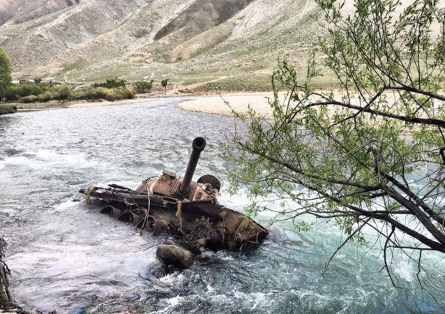 Zbytky sovětských zbraní v Afghánistánu