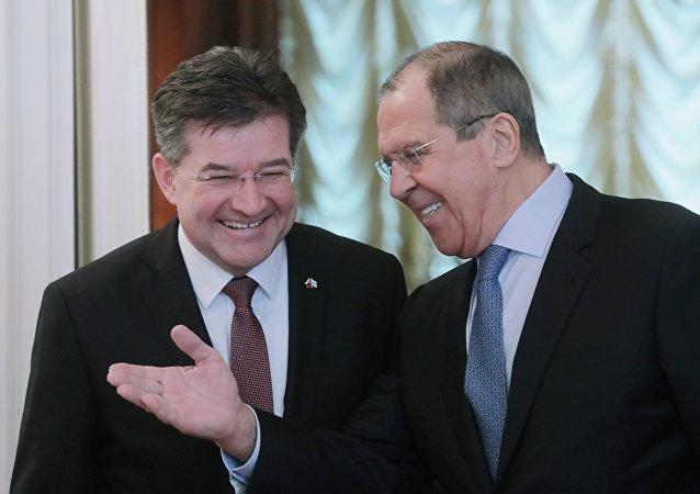 Slovenský ministr zahraničí Miroslav Lajčák a jeho ruský protějšek Sergej Lavrov