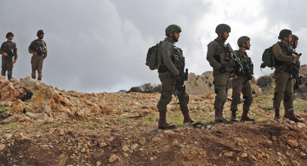 Izraelští vojáci na hranici Izraele a Pásma Gazy