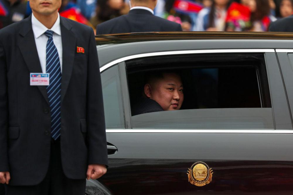 Vůdce KLDR Kim Čong-un v autě