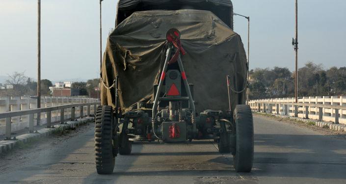 Indické dělostřelectvo v indickém státu Džammú a Kašmír
