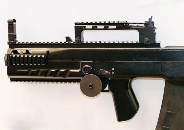 velkorážní útočný automat ŠAK-12