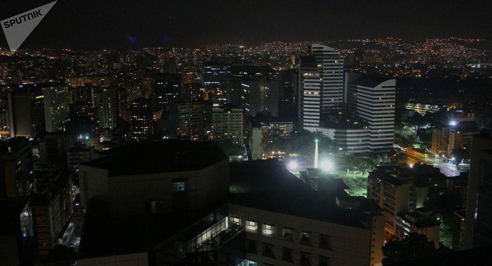 Caracas po blackoutu. Pohotovostní služby nedokázaly okamžitě dodávky elektřiny (7. 3. 2019)