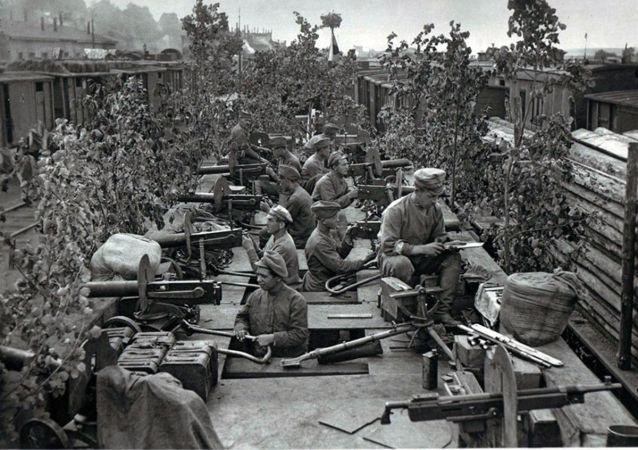 Českoslovenští legionáři v Ufě. Červenec 1918