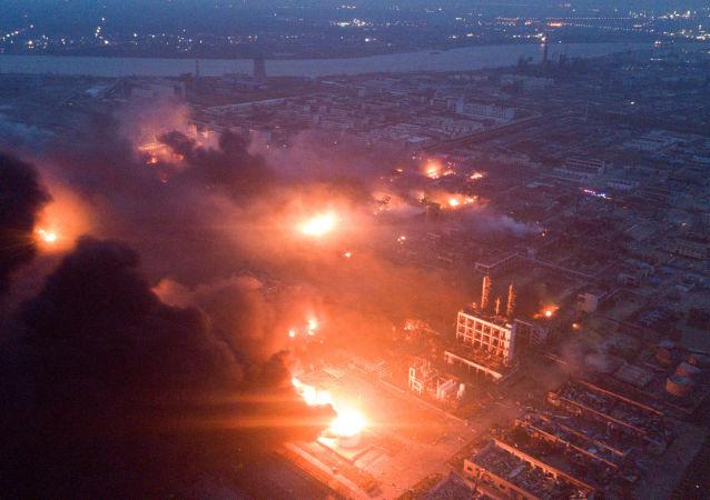 Výbuch chemického závodu v Jen-čcheng