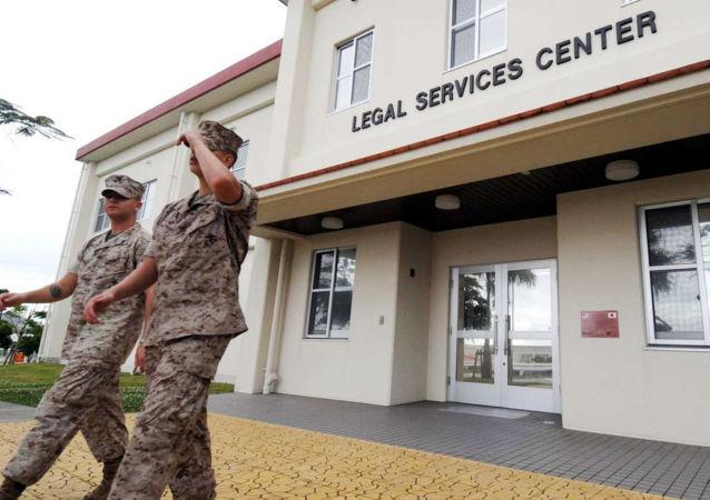 Američtí vojáci na základně Camp Forster na Okinawě
