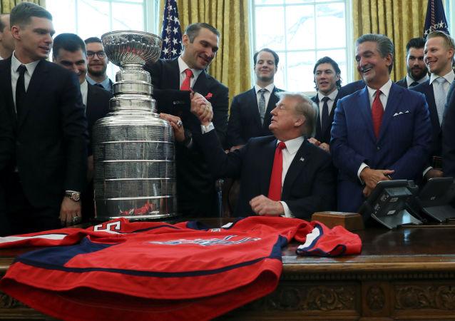 Hokejista Alexander Ovečkin v Bílém domě