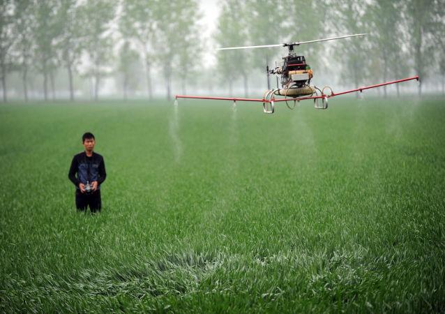 Dron bezpilotní letoun