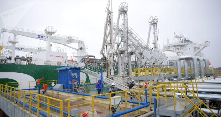 Tanker Prospekt Mendělejeva pro přepravu LNG