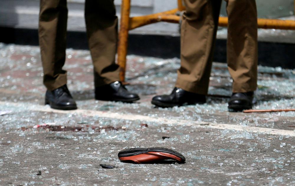 Boty oběti série výbuchů na Srí Lance
