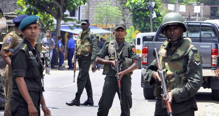Policejní hlídka na Srí Lance
