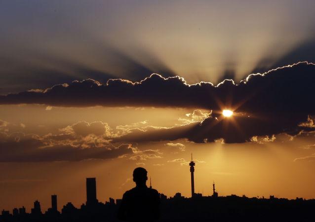Západ slunce v Johannesburgu, JAR